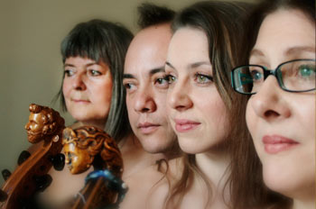 The Queen's Delight – Les Voix Humaines Gamba Consort
