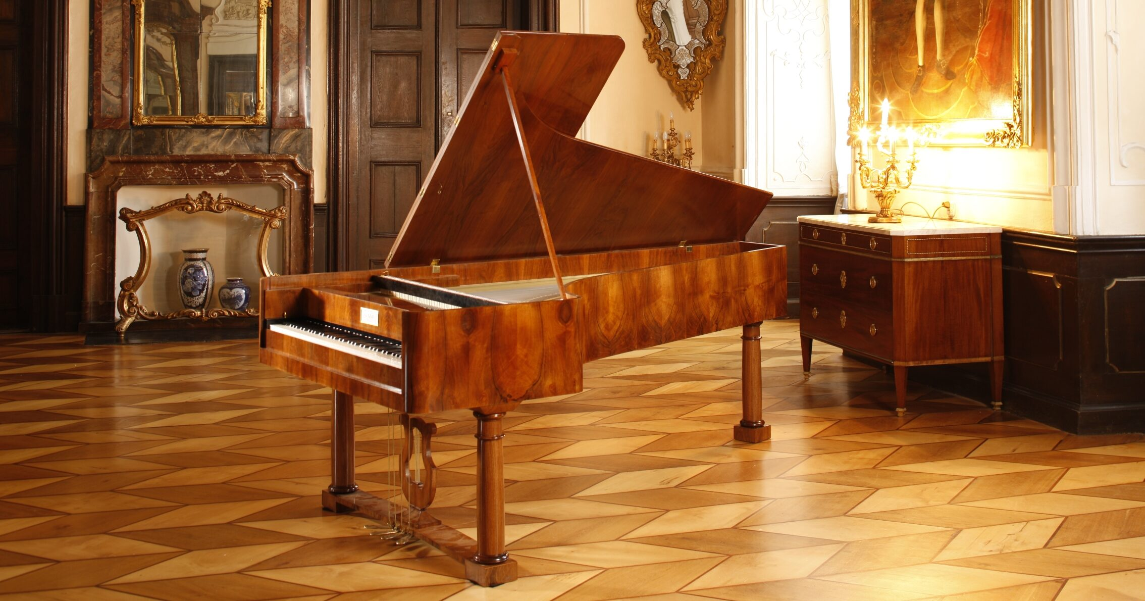 Copy by Paul McNulty of a fortepiano by Graf